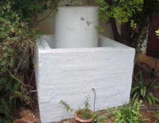 Steel fuel tank installed in the garden